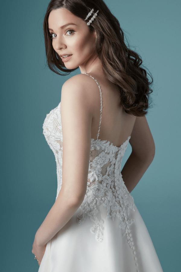 Maggie-Sottero-Savannah-trouwjurk-4